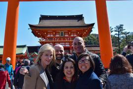 春本番の京都・伏見稲荷大社、三十三間堂、祇園、建仁寺をご案内